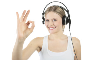 Atractive young woman with headphones _ Horizontal